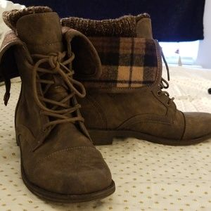 JustFab Brown Cozy Boots